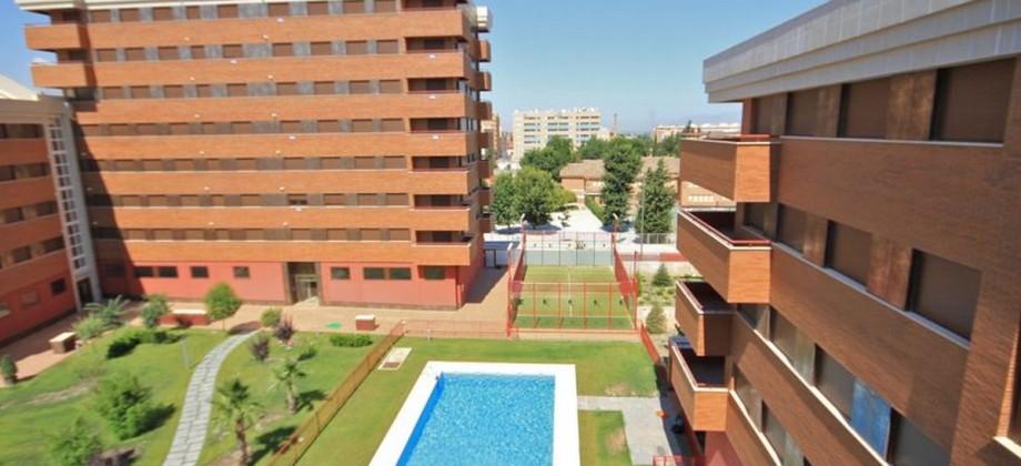 Campus de la Salud con terraza